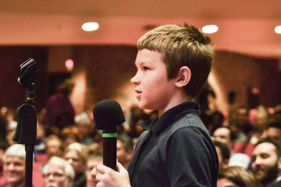A student asks the Indiana Supreme Court a question.